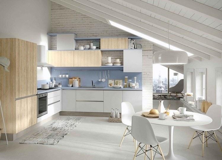 diseño cocina madera clara celeste
