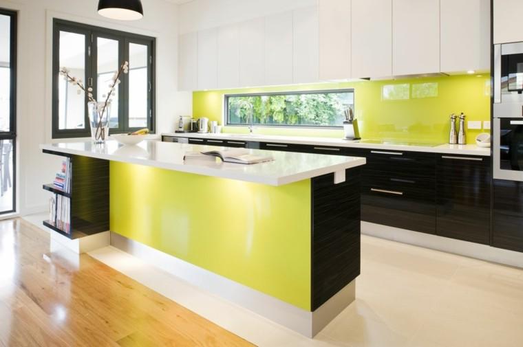 diseño cocina color verde pistacho