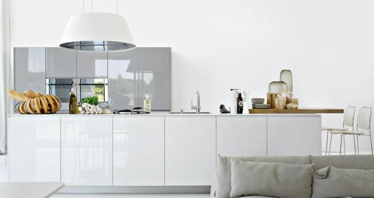 diseño cocinas blancas aceite cebollas lamparas
