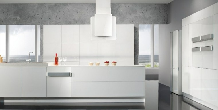 diseño cocinas blancas hormigon paredes rojo
