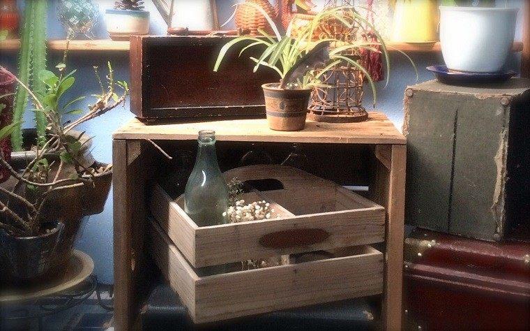 Muebles reciclados hechos con cajas de frutas - Dibujos para decorar cajas de madera ...