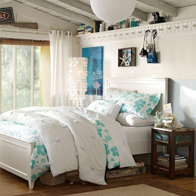 dormitorio juvenil cama colcha flores