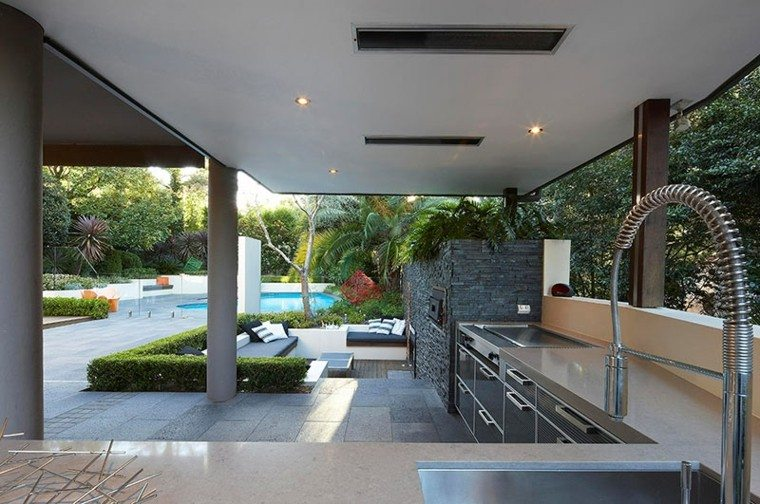 el refugio perfecto verano cocina exterior bajo pergola ideas