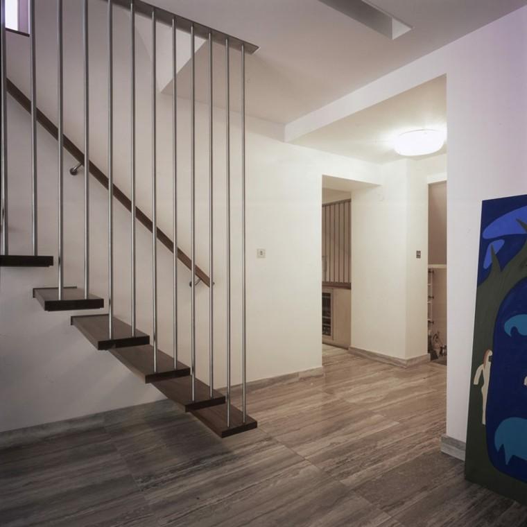 SelecciÓn Madera: Escaleras Colgantes Vs. Escaleras Suspendidas