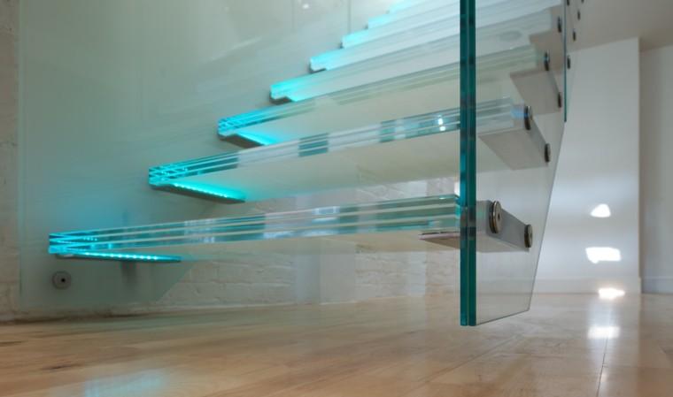 escaleras vidrio luz color azul