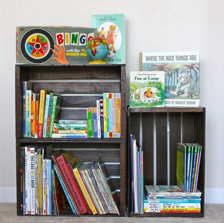 estantes libros biblioteca cajas fruta