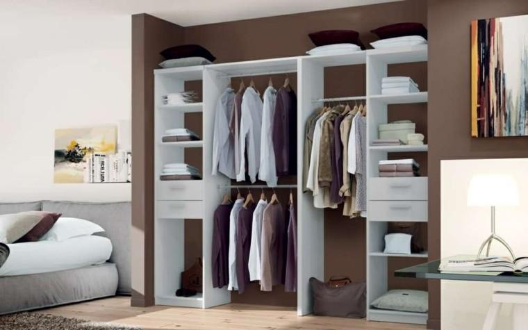 estantes vestidores color blanco pared