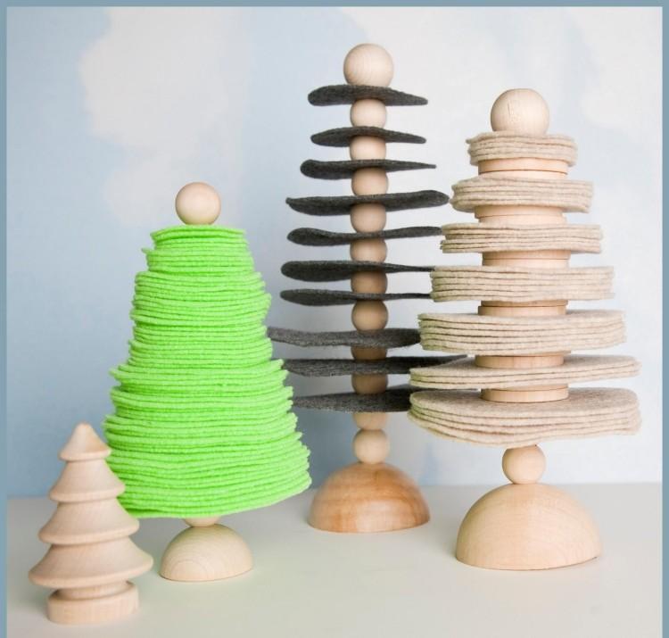 estilo escandinavo decoracion navidad madera tela arboles pequenos ideas