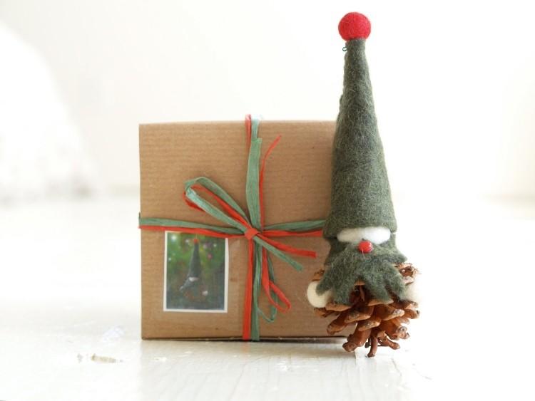 estilo escandinavo decoracion navidad papa noel pina ideas