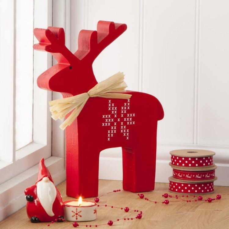 estilo escandinavo decoracion navidad reno madera rojo ideas