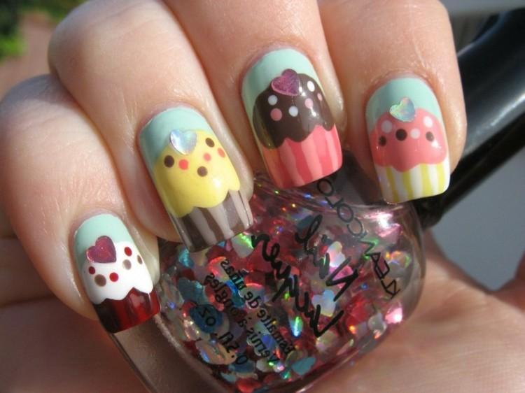estupendas uñas pasteles colores claros