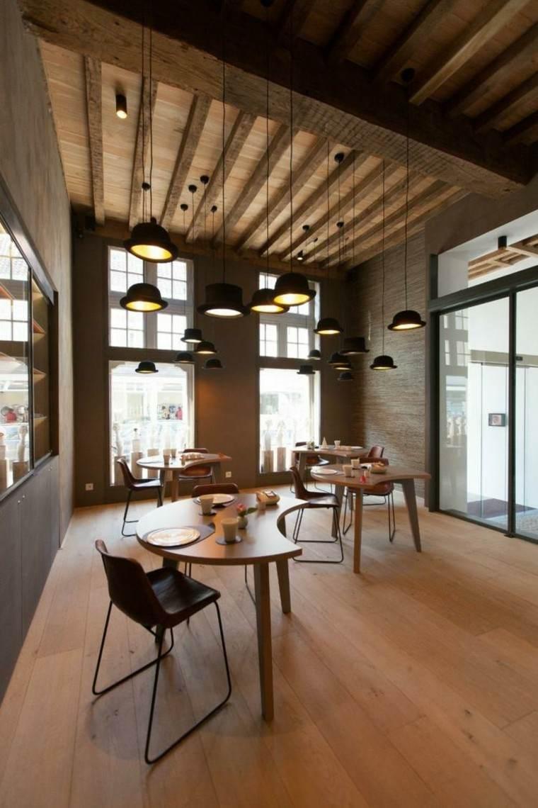 Falso techo de dise o moderno cincuenta modelos - Techos con vigas de madera ...