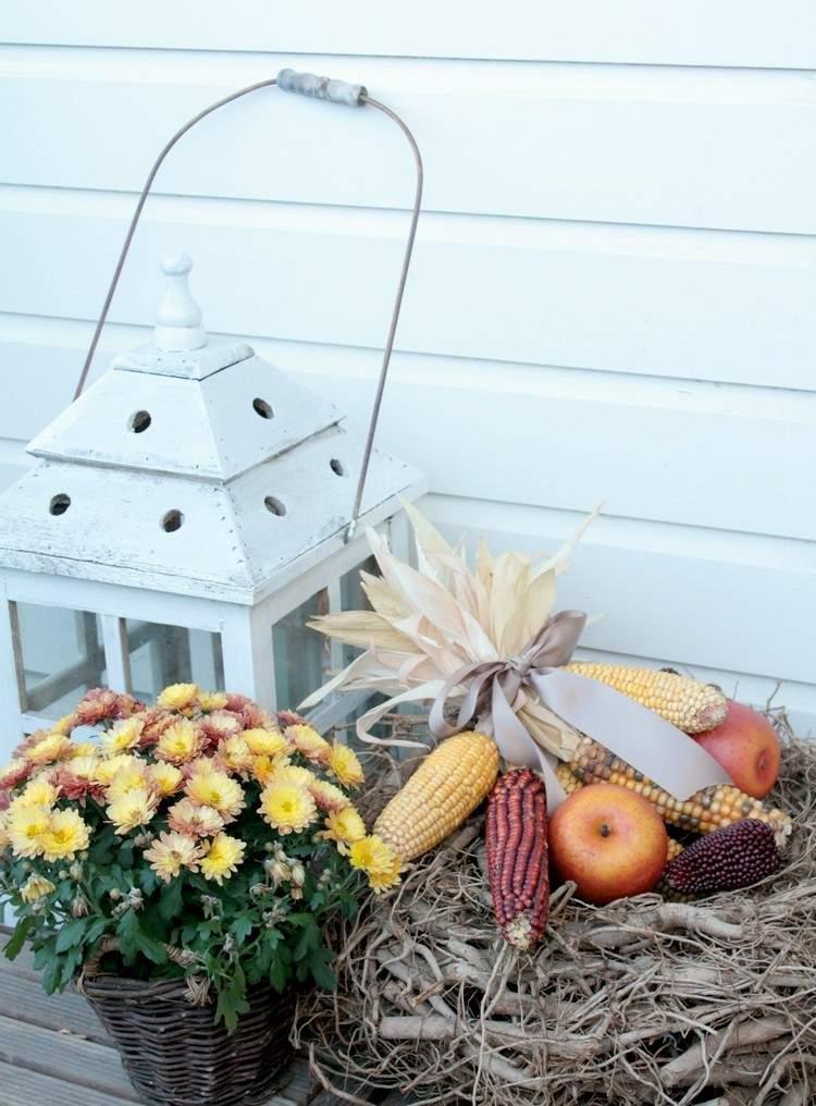 flores cesta maiz balcon lazo