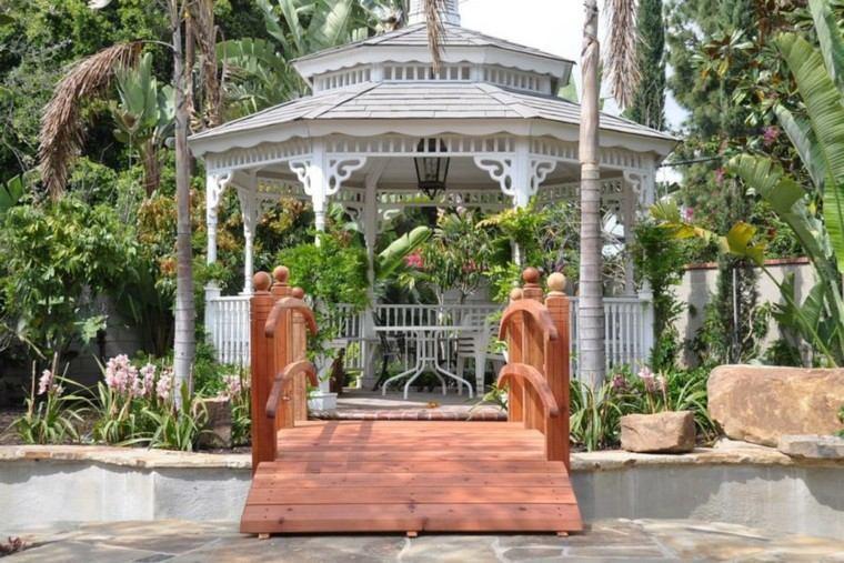 gazebo moderno jardin rodeado plantas tropicales blanco ideas