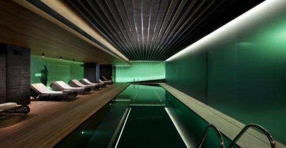 Interior con piscina, 50 variantes para refrescar en verano.