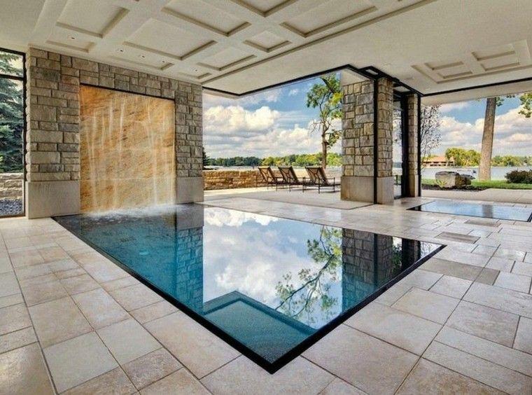 Interior con piscina 50 variantes para refrescar en verano for Piscina interior