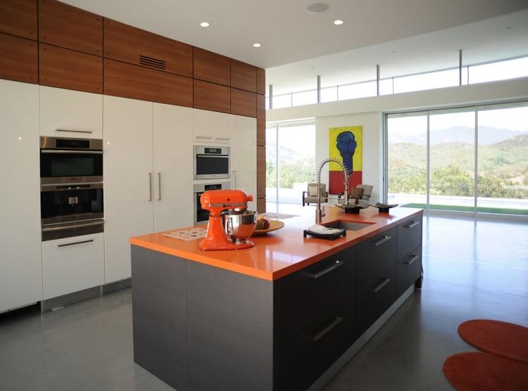 Decoracion de cocinas a todo color 78 ejemplos for Marmol color naranja