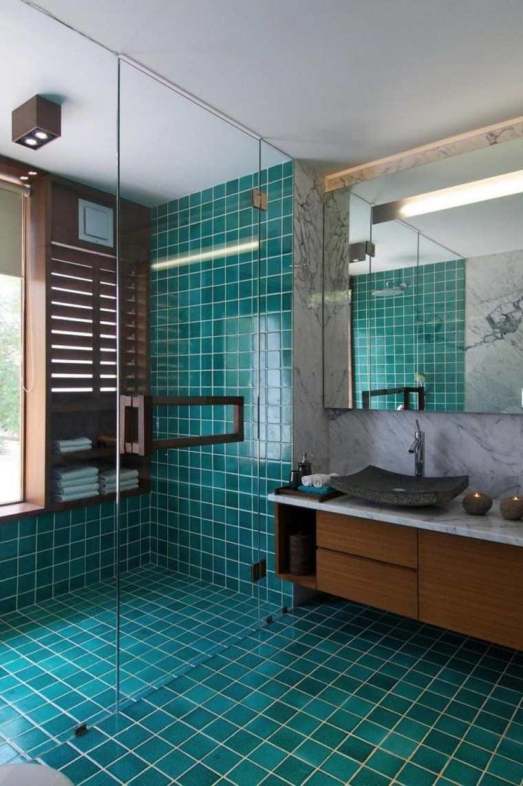 losas-azul-claro-bano-ducha-mampara-cristal