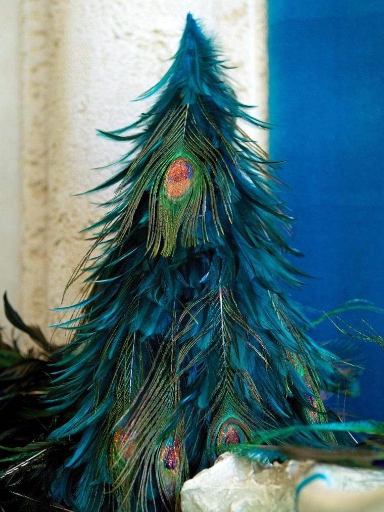 manualidades navidad originales arbol plumas ideas