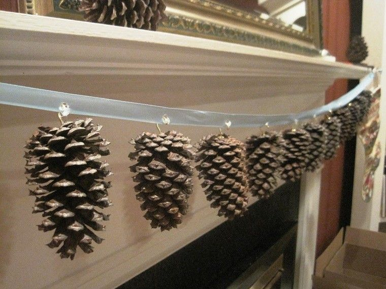 manualidades navidad originales pinas guirnalda ideas