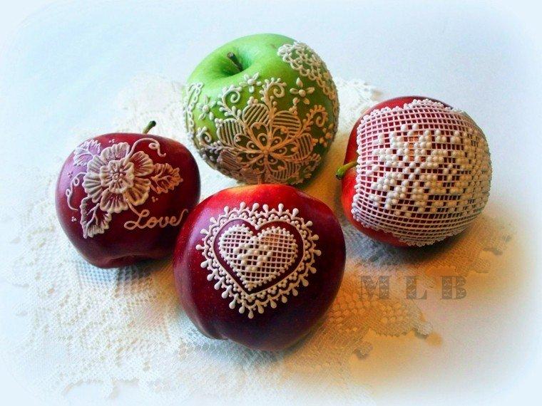 manzanas decoradas formas blancas encaje