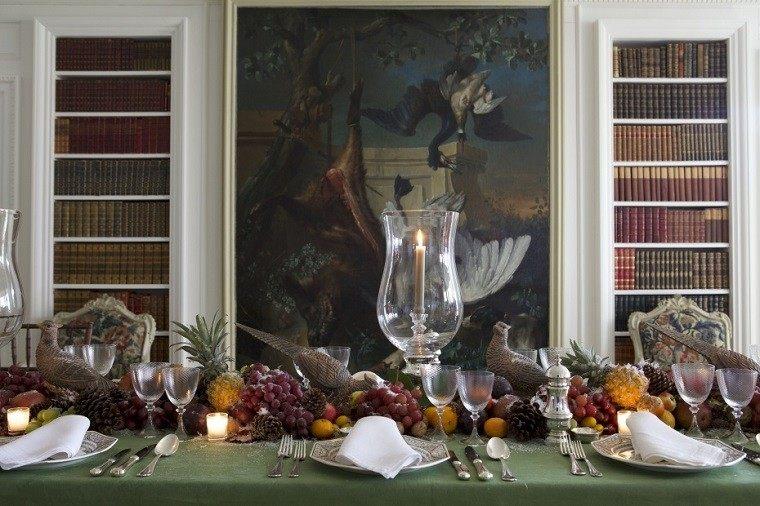 mesa decorado animales cuadro comedor