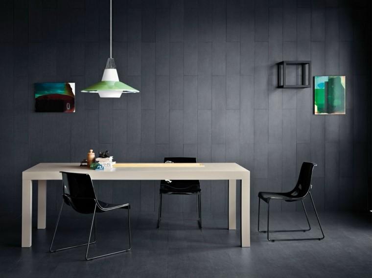 mesa madera comedor sillas negras paredes ideas