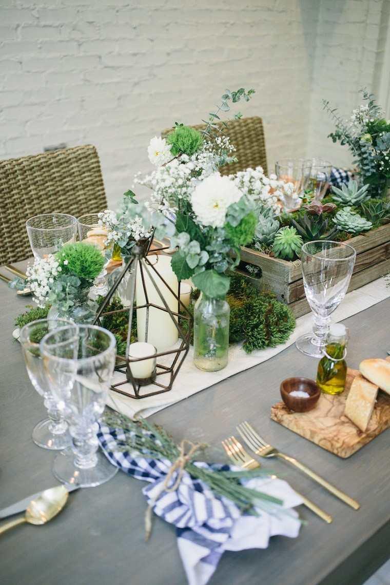 mesa decorada plantas caja madera