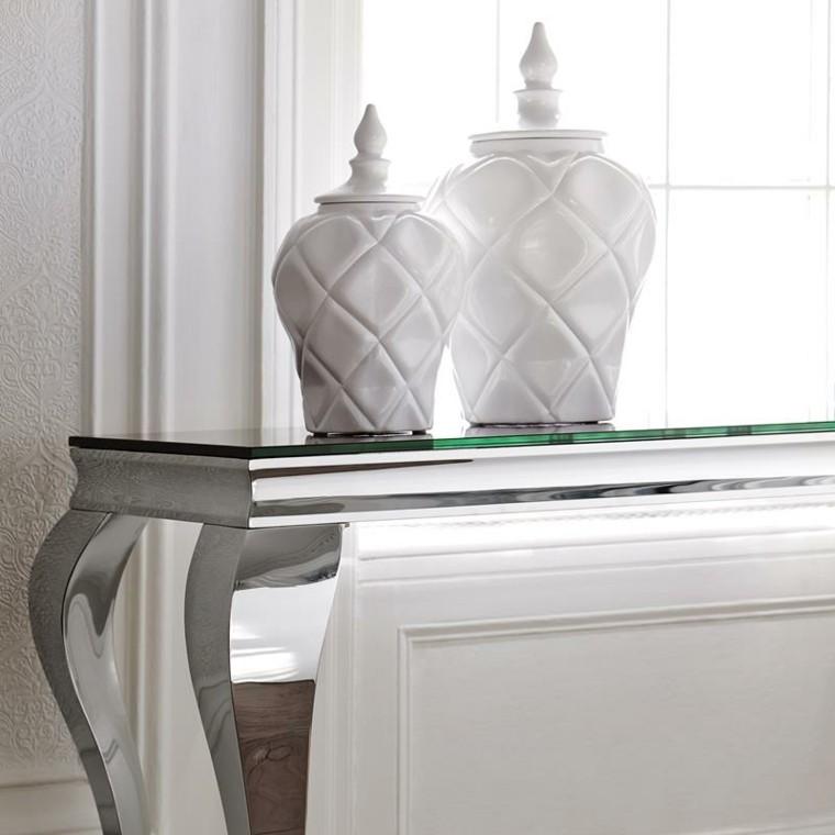 mesa plateada accesorios clasica elegante