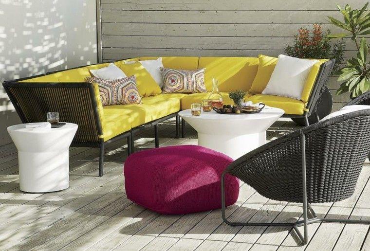 muebles exterior diseño colorido amarillo