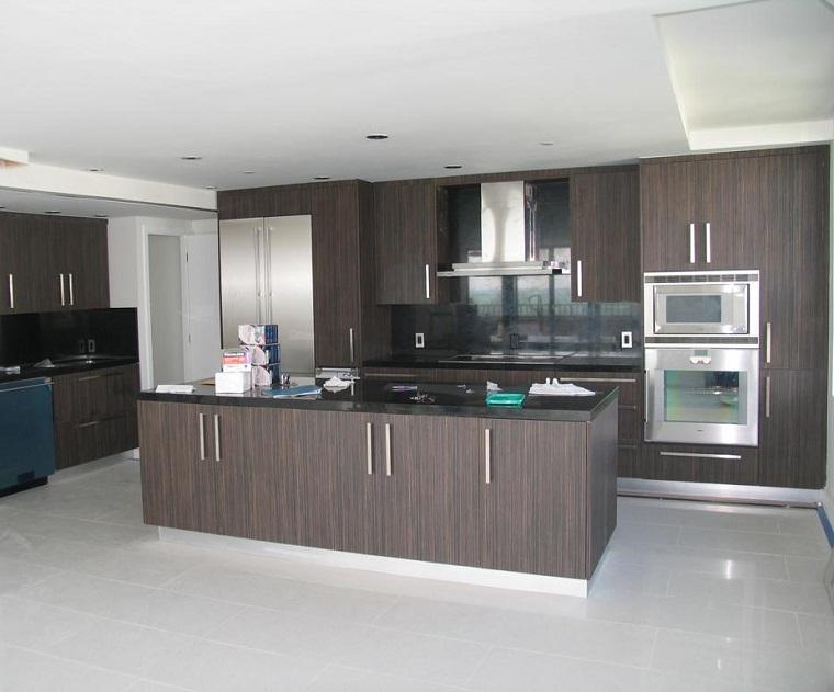 Suelos de cocina modernos cocinas de estilo moderno for Muebles de cocina de madera modernos