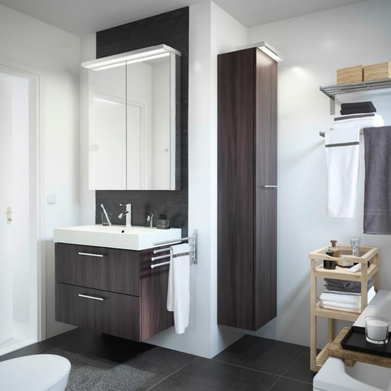muebles baño madera oscura laminada