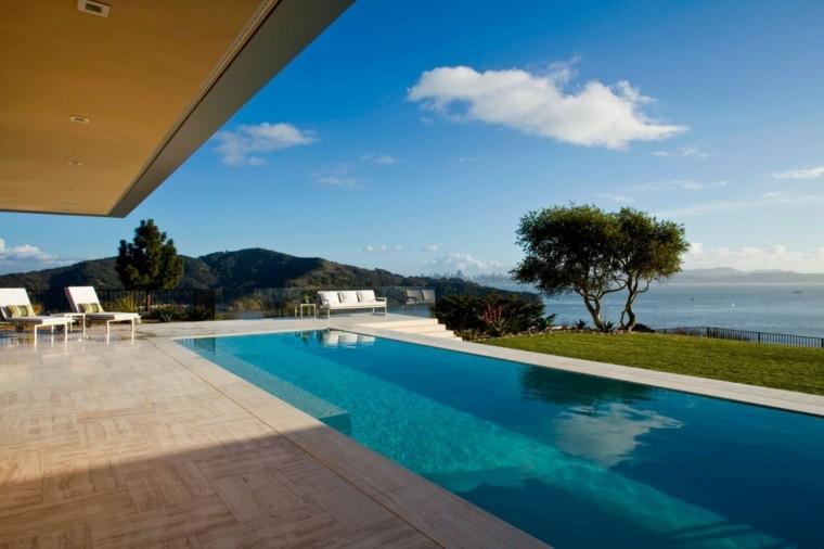 oasis moderno jardin piscina sofa tumbonas blancas ideas