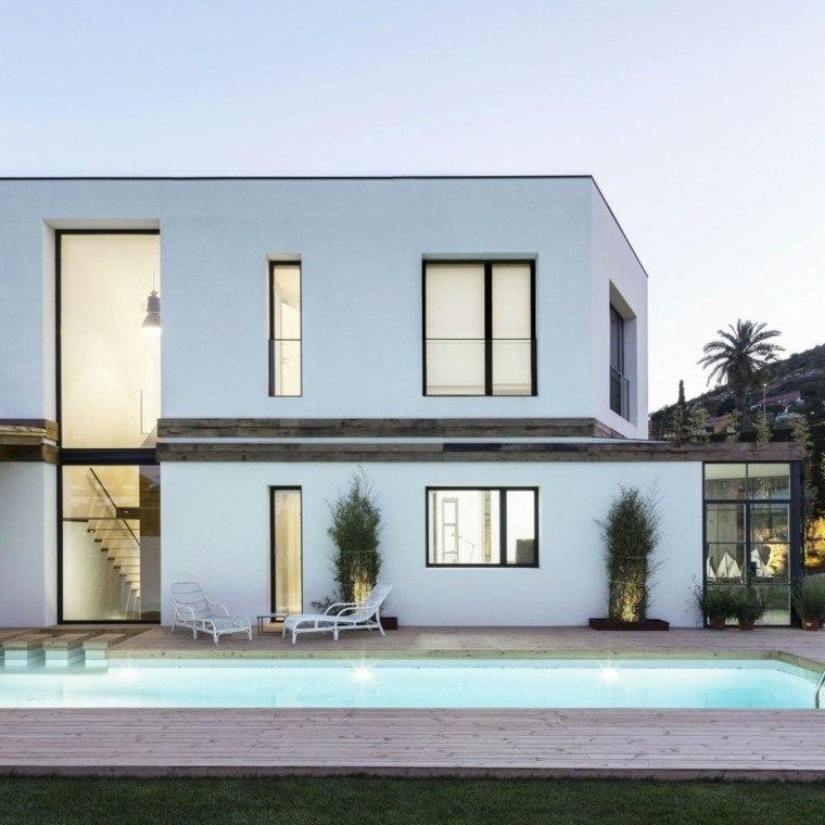 oasis moderno jardin piscina tumbonas blancas ideas