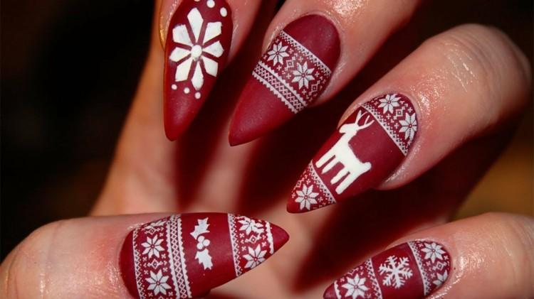original diseño uñas afiladas navidad