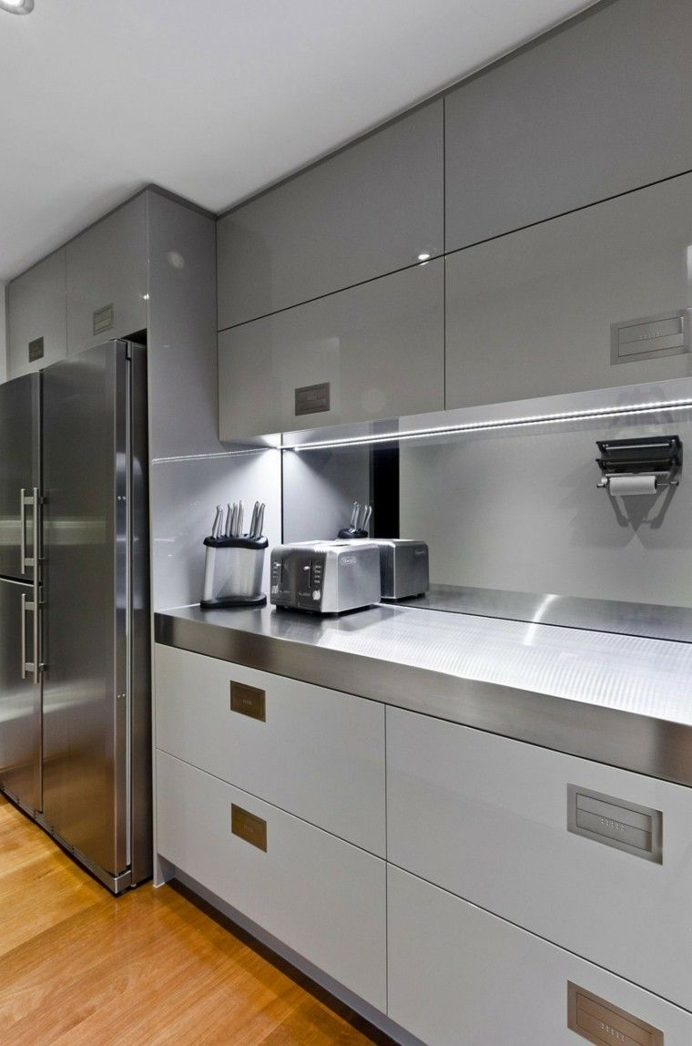 Panel de cocina 50 ideas para la pared de la cocina for Best kitchen designs for small spaces