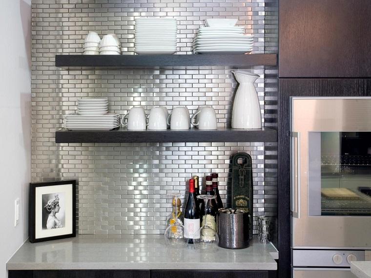 panel pared cocina moderna losas pequenas plata ideas