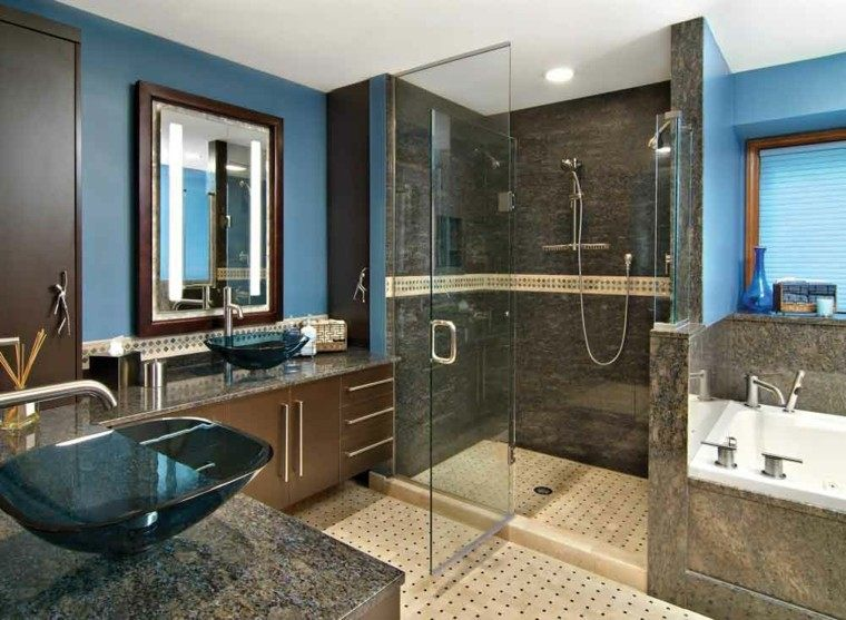 Azulejos Baño Color Azul:baño con pared de color azul y azulejos de granito