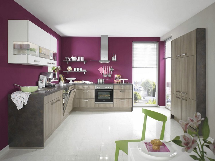 pared cocina color burdeos morado