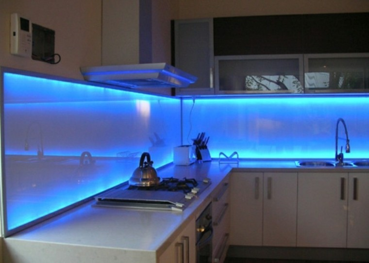 pared cocina moderna iluminacion led original ideas