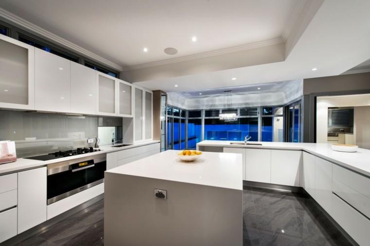 pared cocina moderna paneles gris brillante ideas