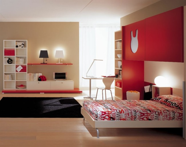 pared roja diseño madera cama
