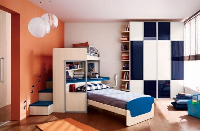 pared cuarto color naranja azul