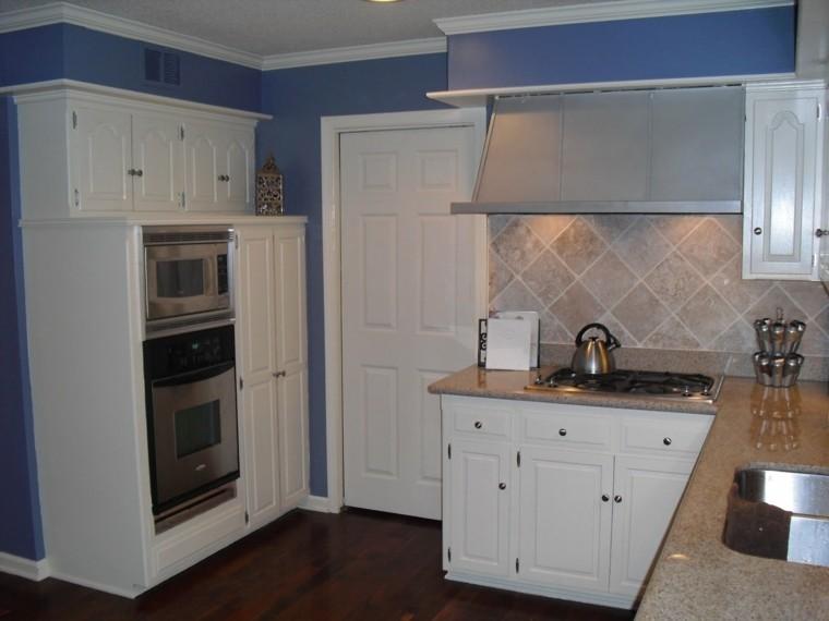 pintura cocina azul violaceo
