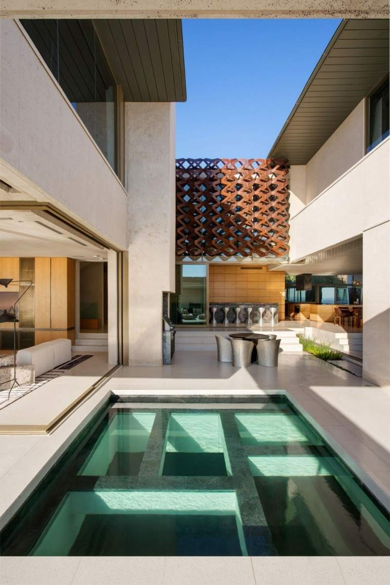 pisicna casa moderna jardin sillones mesa comidas ideas