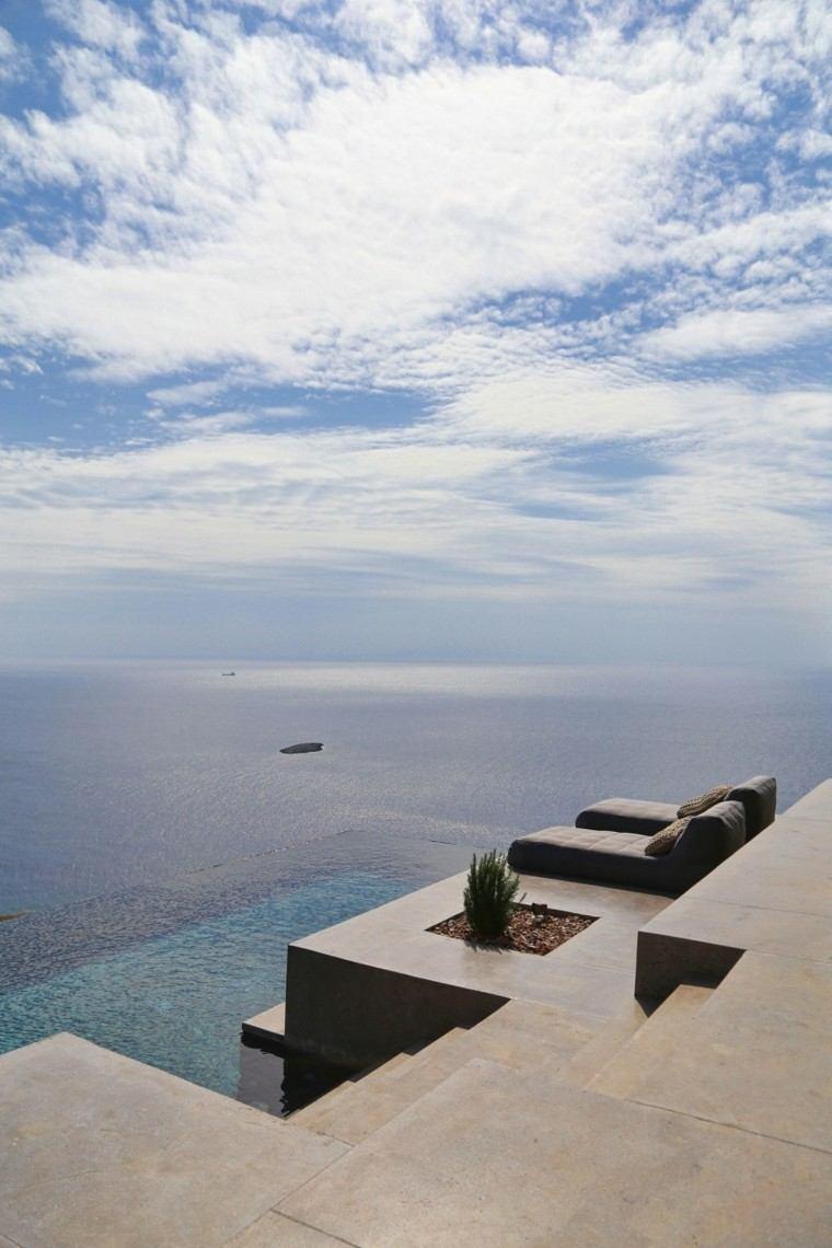 pisicna casa moderna terraza hormigon nivelada ideas