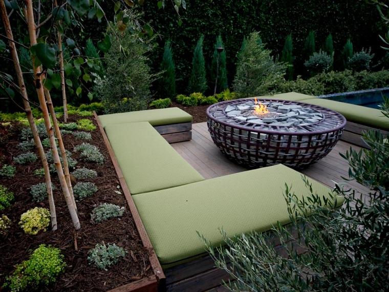 plato redondo jardin rodeado bancos plantas ideas