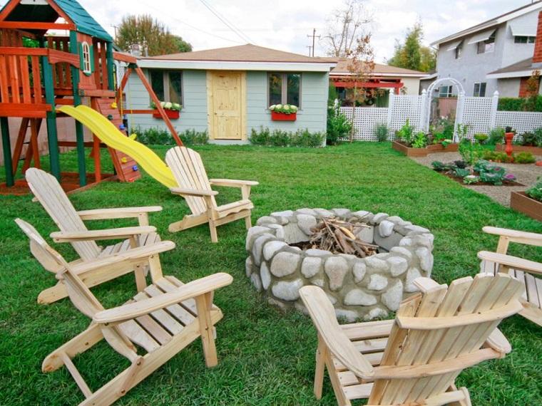 pozo fuego piedras cesped sillones madera teca ideas