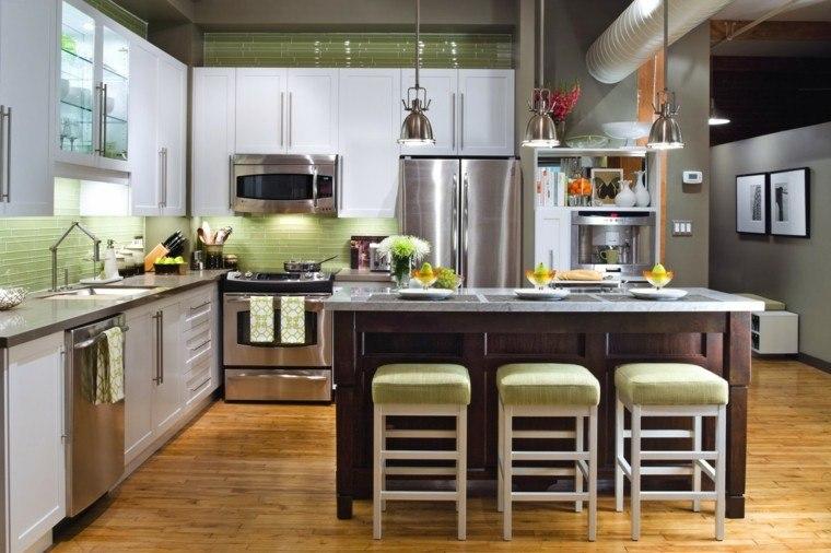 proyecto cocina clasica preciosa taburetes verdes ideas