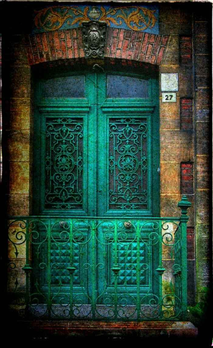 puerta balcon baranda metal verde